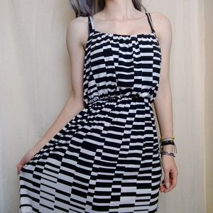 Black and White Unique Stripped Summer Maxi Dress